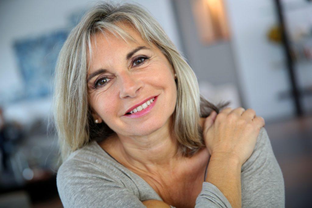 женщина в 50 лет